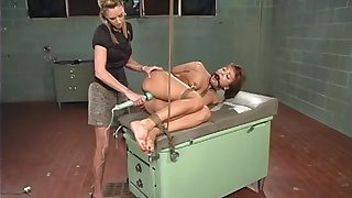 Japanese mature gets her pussy fortified unconnected with her horny nance friend