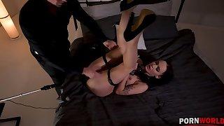 Kinky BDSM scene with Sasha Sparrow's ass penetrated by a fucking machine GP1254