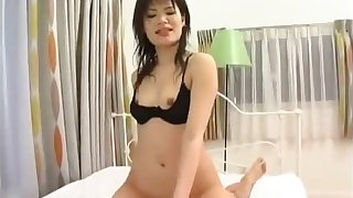 Big tongue japanese girl eating mango then french kissing