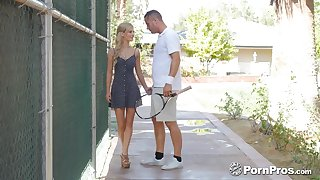 Handsome tennis player fucks a beautiful young unshaded